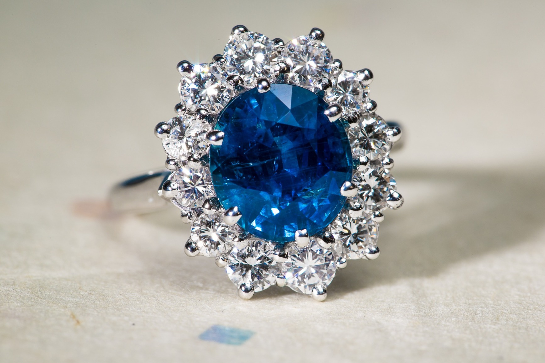 b485926d2f9 Site web pour le créateur et vendeur de bijoux anciens Templier à Lyon.